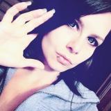 Leila S. profilis